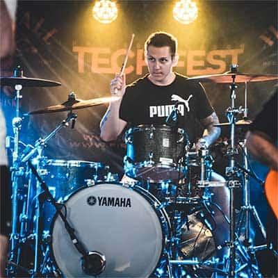 Drum Helper founder Gideon playing live